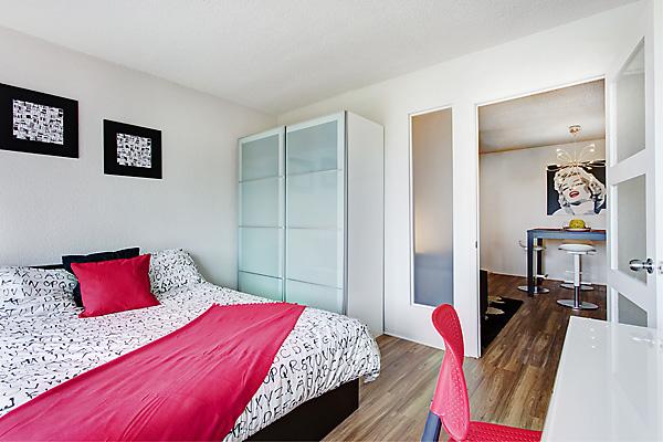 student bedroom in Montréal Canada
